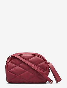 EBBA QUILTED CROSSBODY - RED PEAR