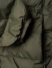 Lyle & Scott Junior - Lightweight Puffa Jacket - puffer & padded - grape leaf - 3