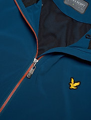 Lyle & Scott Sport - Featherweight Jacket - outdoor- & regenjacken - deep fjord - 2