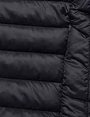 Lyle & Scott Sport - Lightweight Quilted Gilet - sportjassen - true black - 4