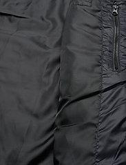 Lyle & Scott Sport - Lightweight Quilted Gilet - sportjassen - true black - 5