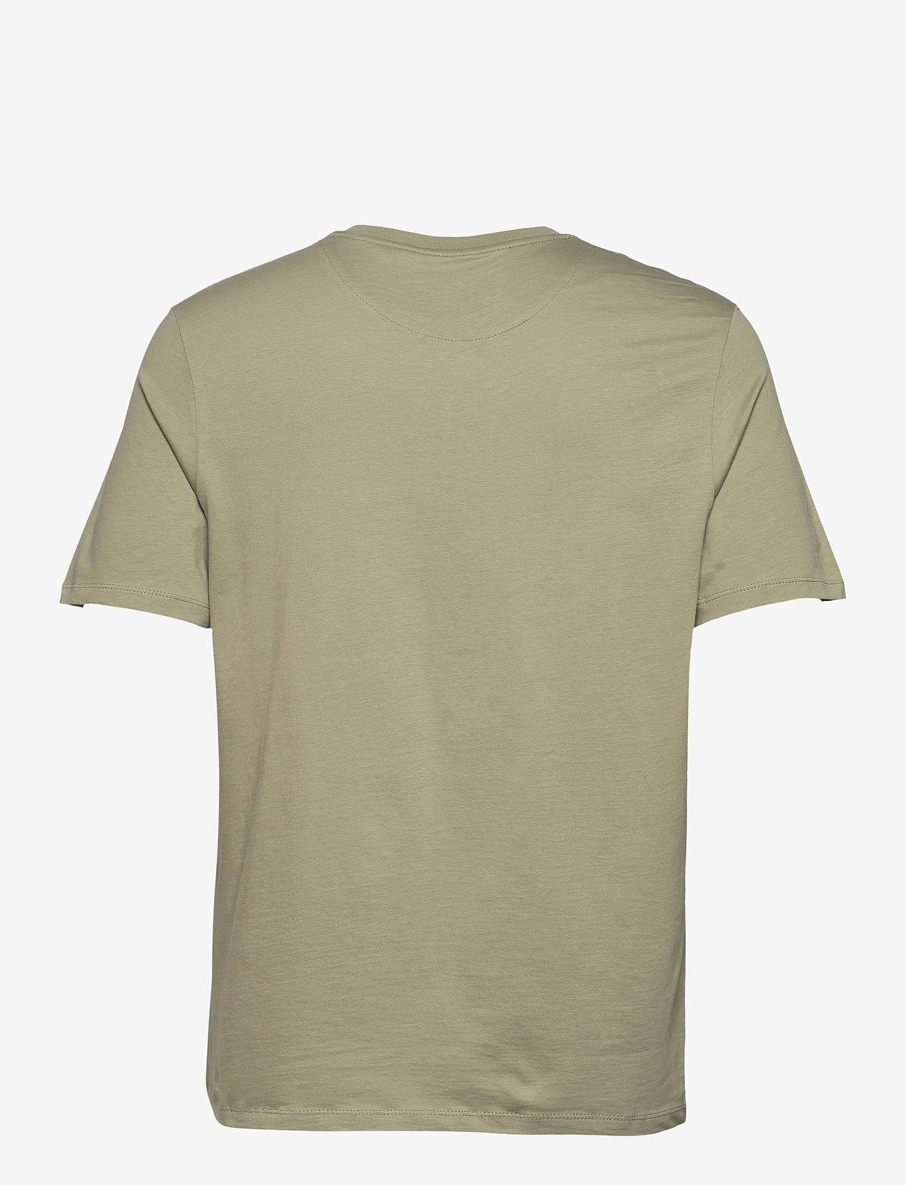 Lyle & Scott - Relaxed Pocket T-shirt - t-shirts basiques - moss - 1