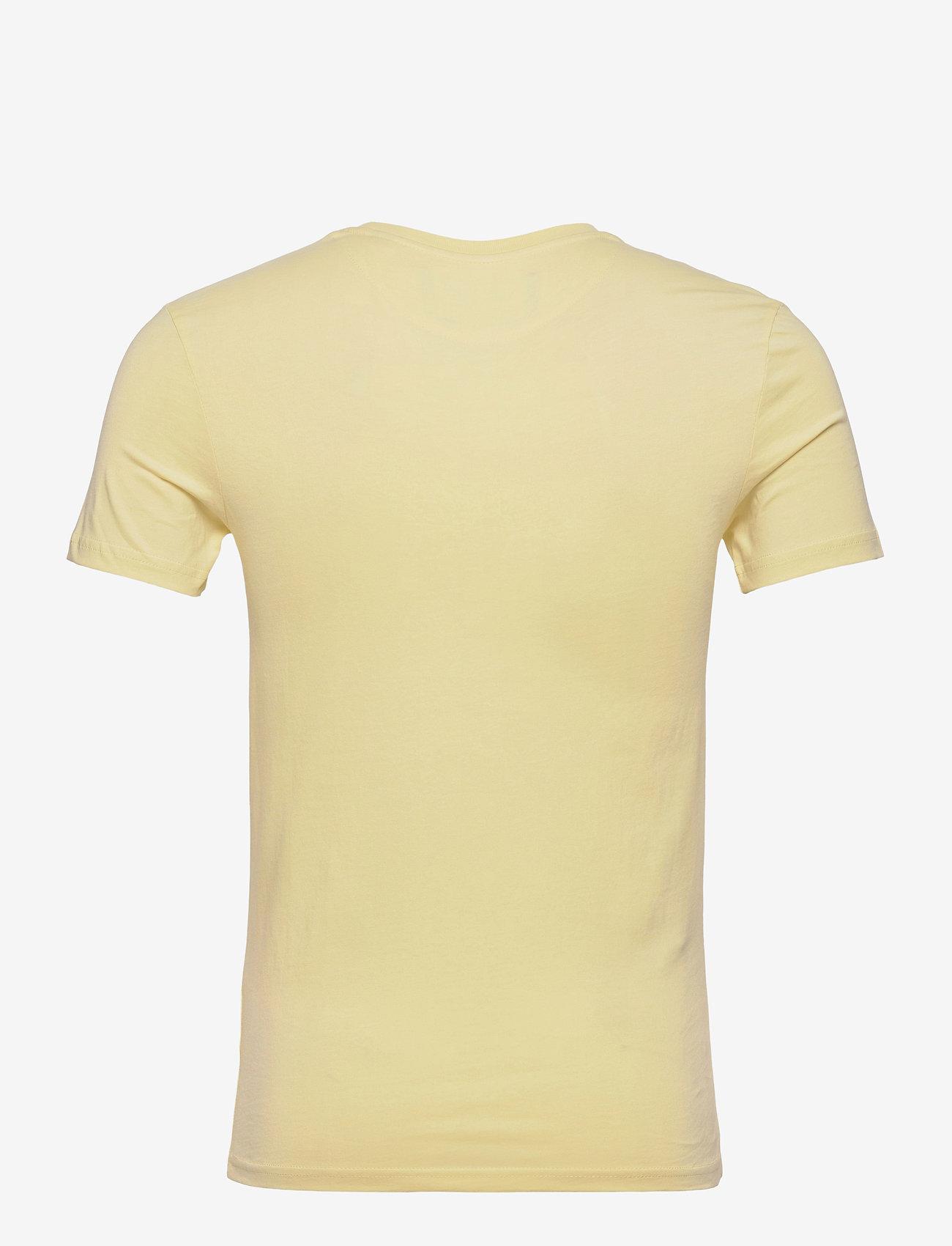 Lyle & Scott - Plain T-Shirt - t-shirts basiques - lemon - 1