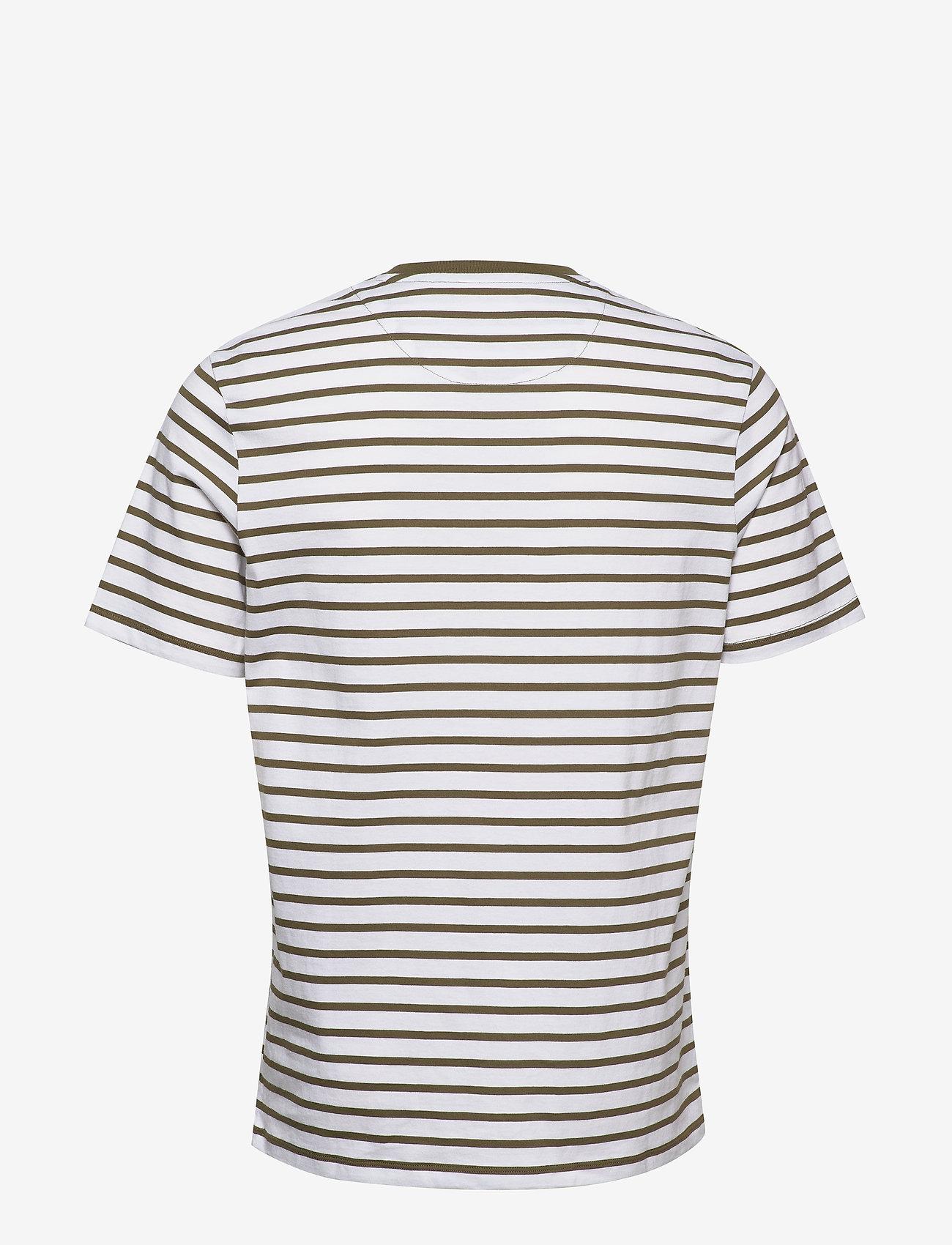 Lyle & Scott Breton Stripe T-shirt - T-shirts Lichen Green/ White