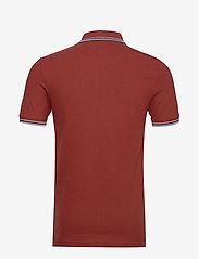 Lyle & Scott - Tipped Slim Stretch Polo Shirt - lyhythihaiset - brick red/ blue dust - 1