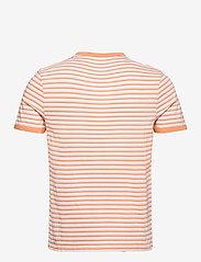 Lyle & Scott - Stripe Ringer T-Shirt - t-shirts à manches courtes - stonewash pink/ melon - 1