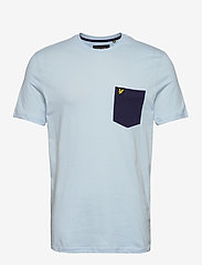Lyle & Scott - Contrast Pocket T Shirt - t-shirts à manches courtes - pastel blue/ navy - 0