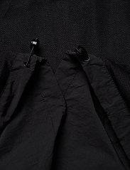 Lyle & Scott - Hooded Pocket Jacket - vestes légères - jet black - 5