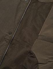 Lyle & Scott - Hooded Pocket Jacket - vestes légères - trek green - 4