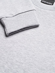 Lyle & Scott - Bottom Branded Crew Neck - sweats basiques - light grey marl - 2