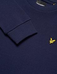 Lyle & Scott - Bottom Branded Crew Neck - sweats basiques - navy - 2