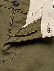 Lyle & Scott - Chino Short - chinos shorts - lichen green - 3