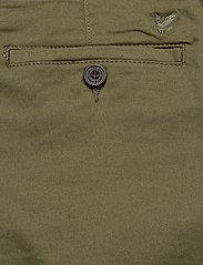 Lyle & Scott - Chino Short - chinos shorts - lichen green - 4