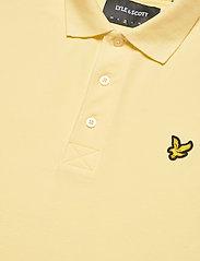 Lyle & Scott - Plain Polo Shirt - polos à manches courtes - lemon - 2