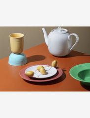 Lyngby Porcelæn - Rhombe Teapot 1,9 l - 100–200€ - white - 1