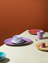 Lyngby Porcelæn - Rhombe Color Oval serveringsfat - serveringsfat - light lilac - 2