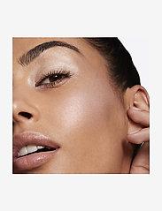 M.A.C. - Hyper Real Glow Palette Get Lit - highlighter - get lit - 4