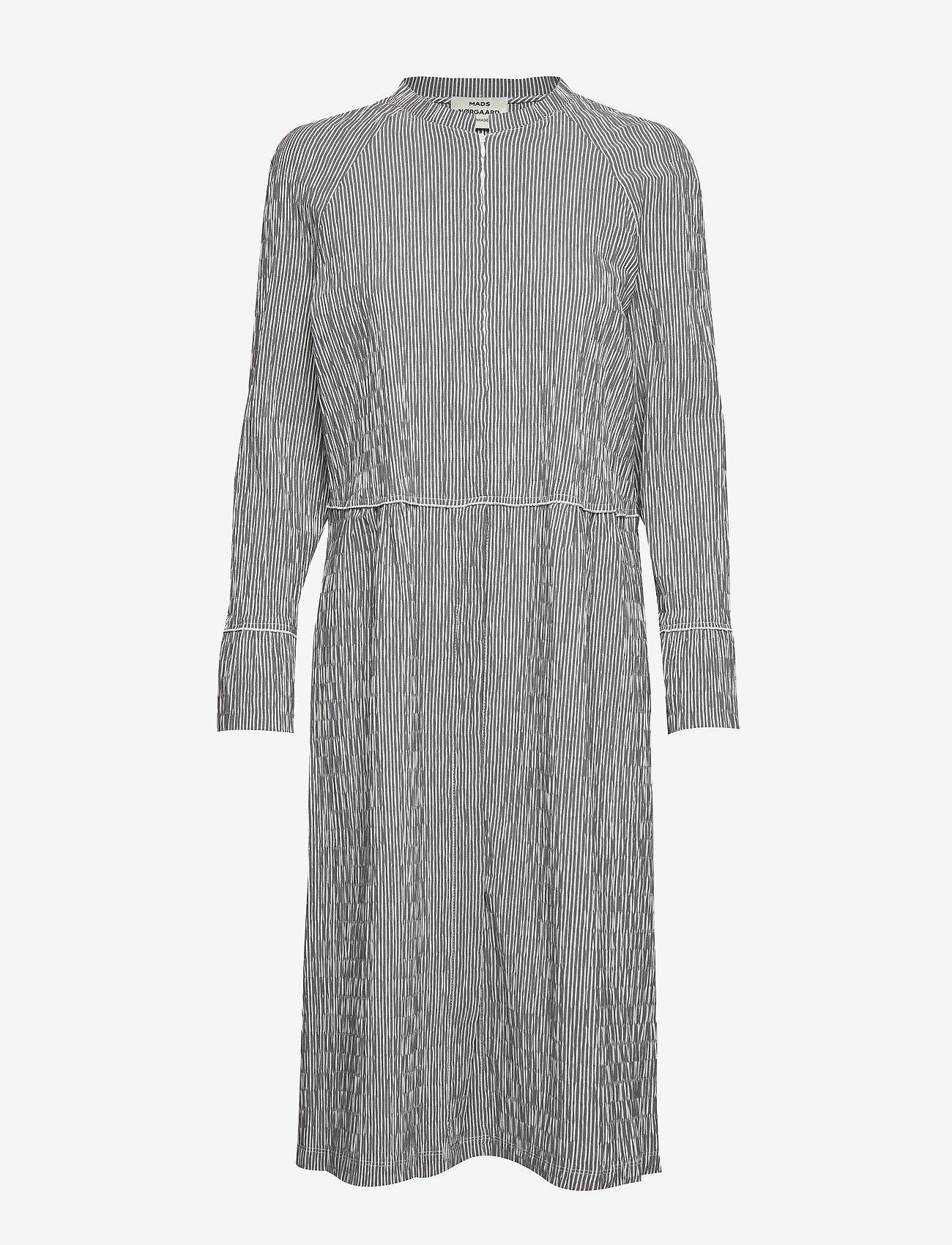 Mads Nørgaard - Crinckle Pop Dupina - midi kjoler - black/white