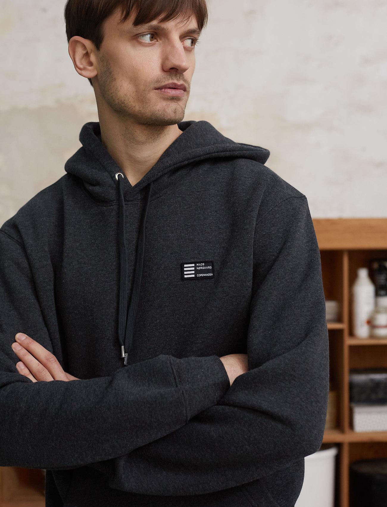 Mads Nørgaard - New Standard Hoodie Badge - basic sweatshirts - charcoal melange - 0