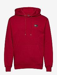 Mads Nørgaard - New Standard Hoodie Badge - basic sweatshirts - rio red - 0