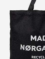 Mads Nørgaard - Recycled Boutique Athene - casual shoppers - black/white - 2