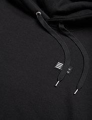 Mads Nørgaard - New Standard Hoodie Badge - basic sweatshirts - black - 2