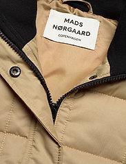 Mads Nørgaard - Duvet Dream Vibe - puffer vests - warm beige - 4