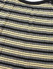 Mads Nørgaard - 5x5 Stripe Ducina - kleider - black/pale banana/white - 2
