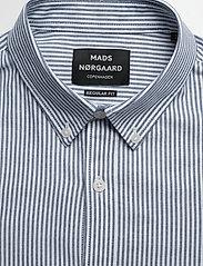 Mads Nørgaard - Striped Oxford Sawsett - chemises d'affaires - blue stripe - 2