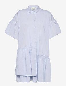 Organic Poplin Darlene - sommerkjoler - light blue stripe