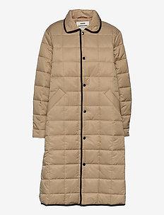 Duvet Dream Celestine - quiltade jackor - warm beige