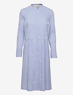 Crinckle Pop Dupina - midi kjoler - baby blue/white