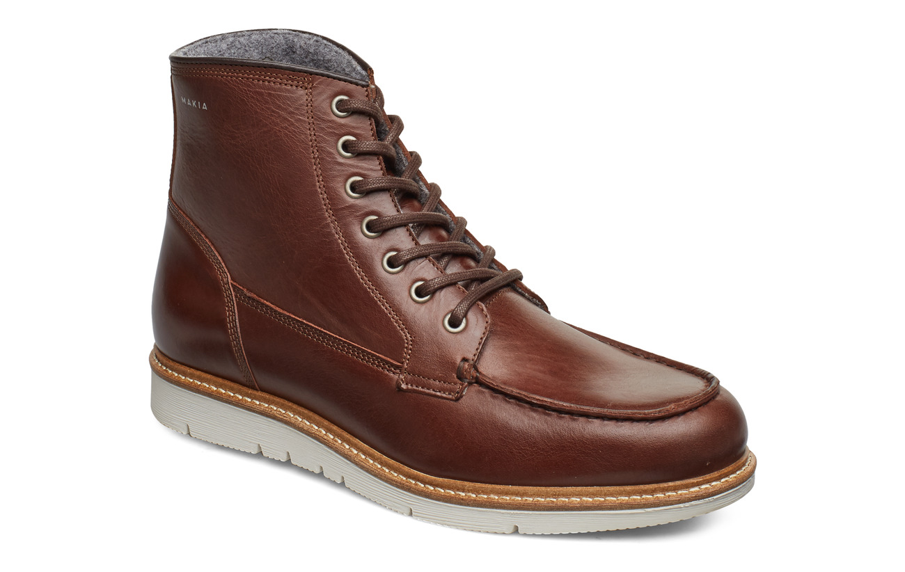 Makia Noux Boot - BROWN