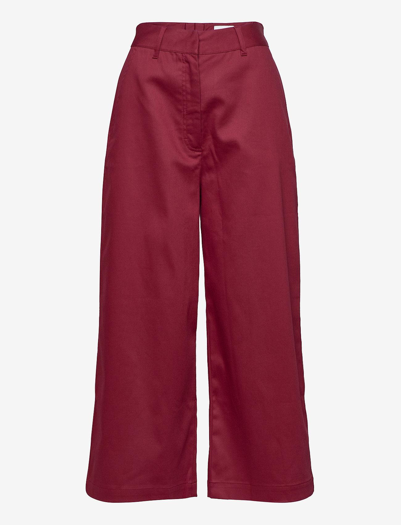 Makia - Gaia Trousers - bukser med brede ben - ruby - 0