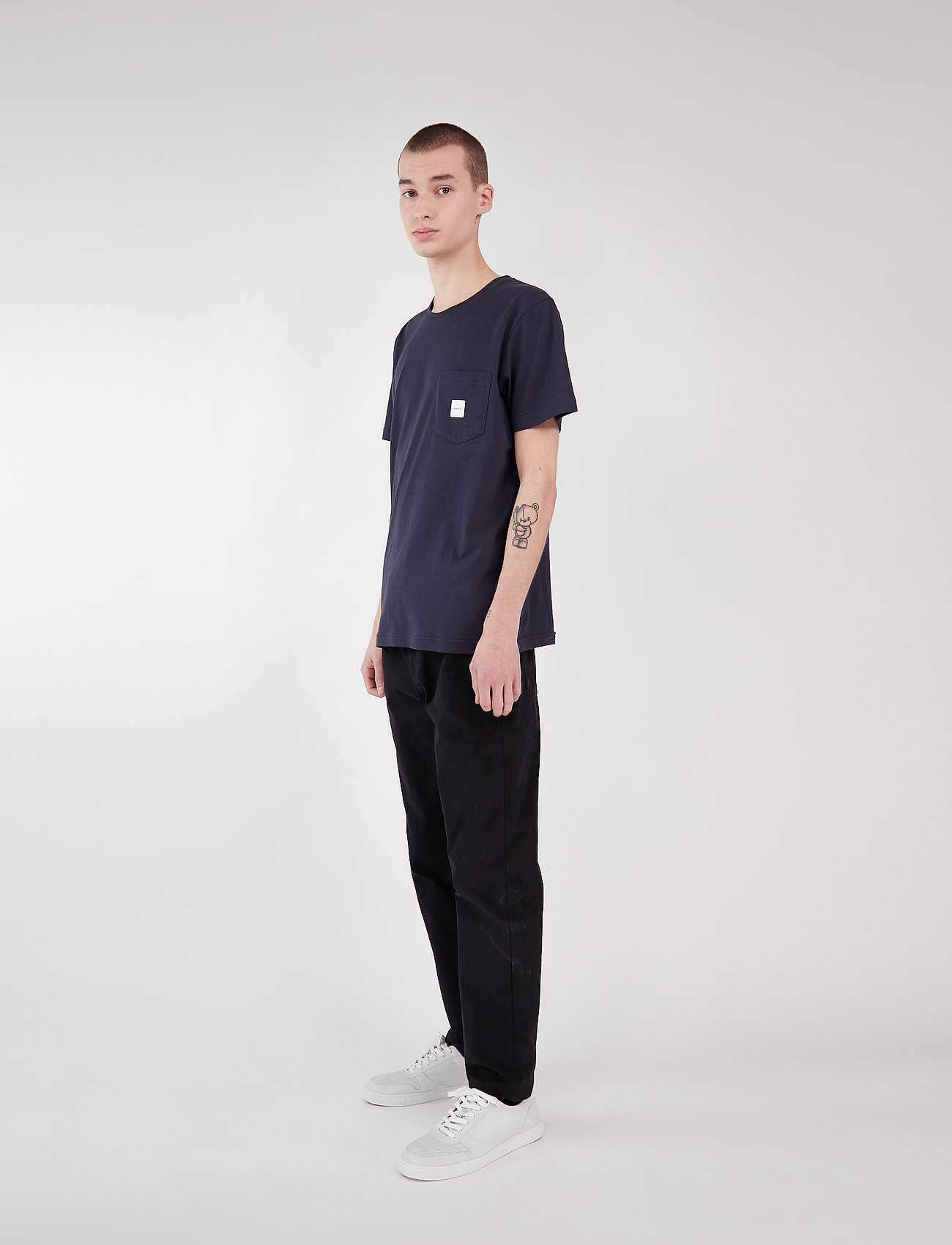 Square Pocket T-shirt (Dark Blue) (29.25 €) - Makia U1Fbg