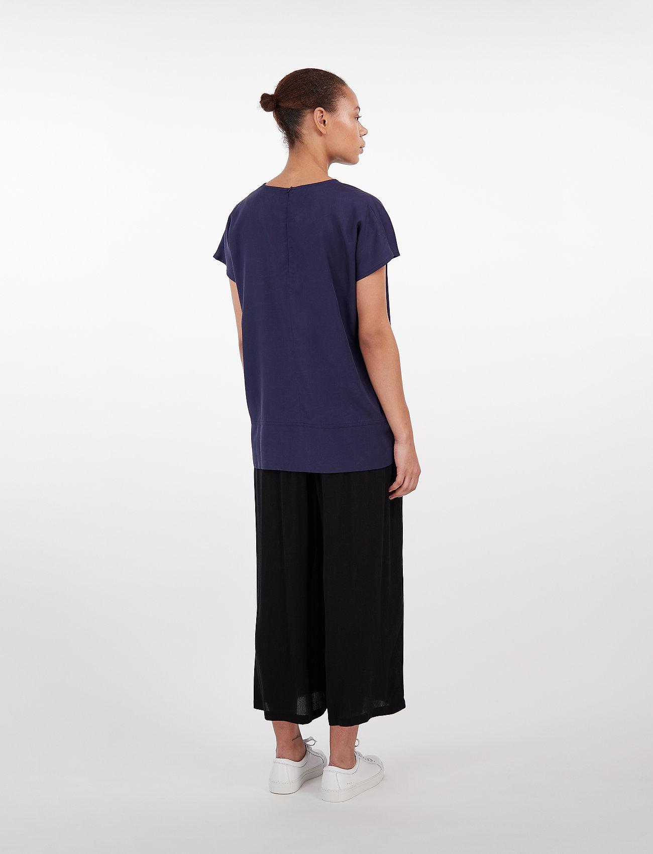Makia Isla T-shirt - T-shirty i zopy DARK NAVY - Kobiety Odzież.