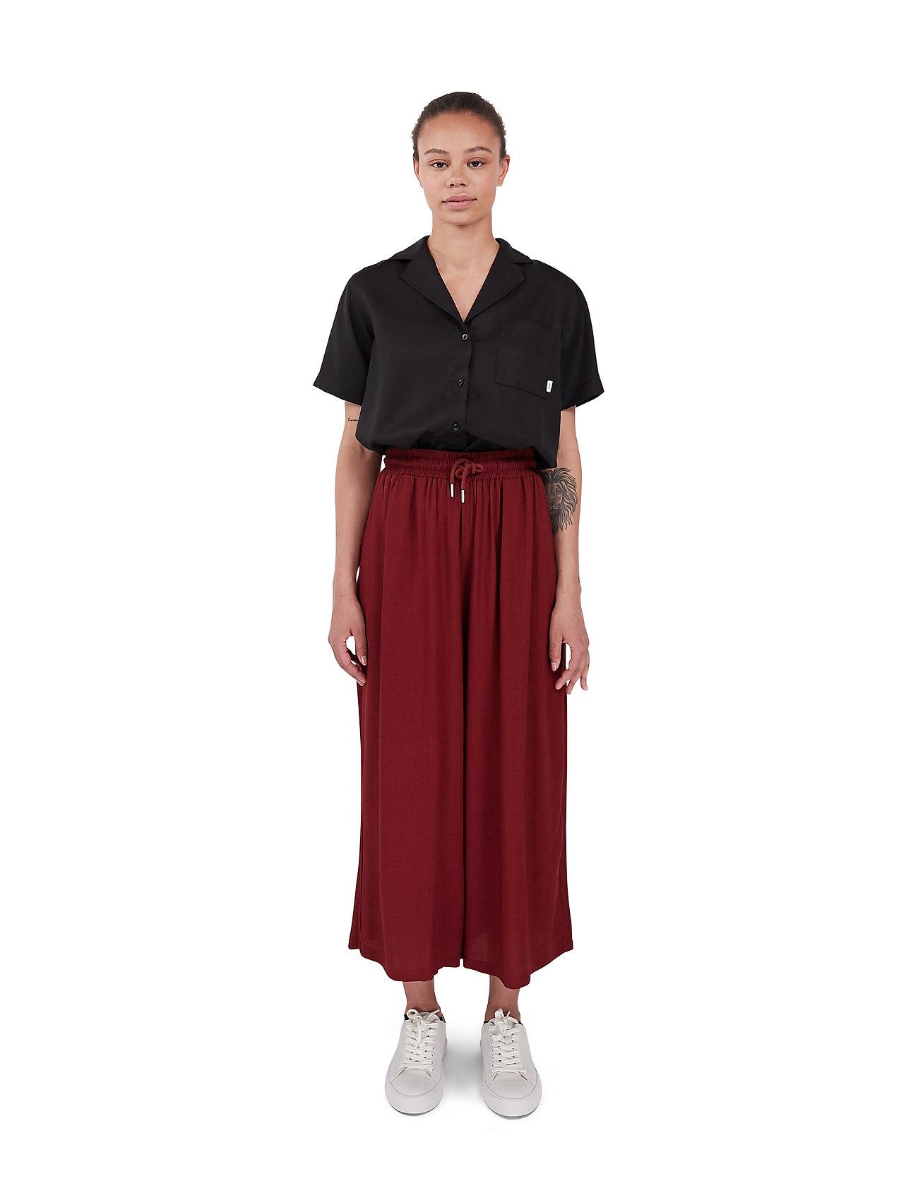 Makia - Geira Pants - bukser med brede ben - ruby - 0