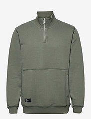 Makia - Honka Sweatshirt - sweats - thyme - 1
