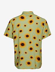 Makia - Common SS Shirt - geruite overhemden - light green - 1