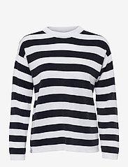 Makia - Willow Knit - trøjer - navy-white - 1