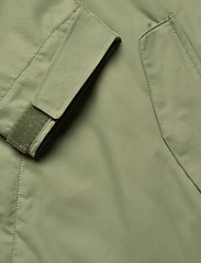 Makia - Region Jacket - sadetakit - olive - 9