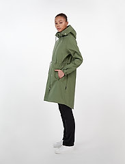 Makia - Rey Jacket - vêtements de pluie - green - 6