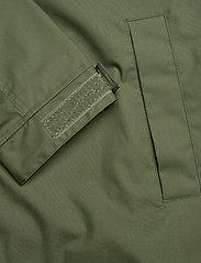 Makia - Rey Jacket - vêtements de pluie - green - 11
