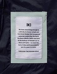 Makia - Leya Jacket - regnkläder - mint - 7