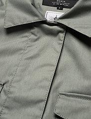 Makia - UTILITY JACKET - regnkläder - olive - 3