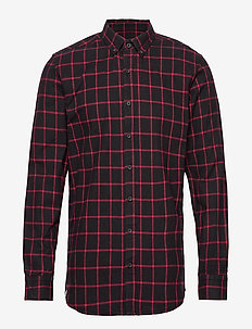 Tailgate Shirt - DARK RED