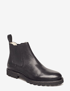 DISTRICT BOOT - BLACK