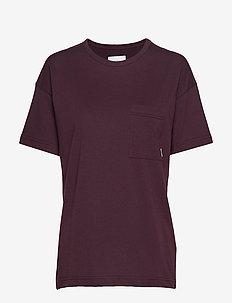 Dusk T-Shirt - koszulki basic - wine