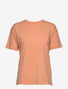 Dusk T-Shirt - t-shirts - peach