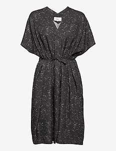 Mila Kaftan Dress - sommerkjoler - black hay
